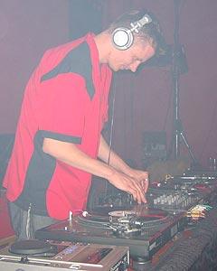 DJ Lefrigi @ z-bau 22.05.2004